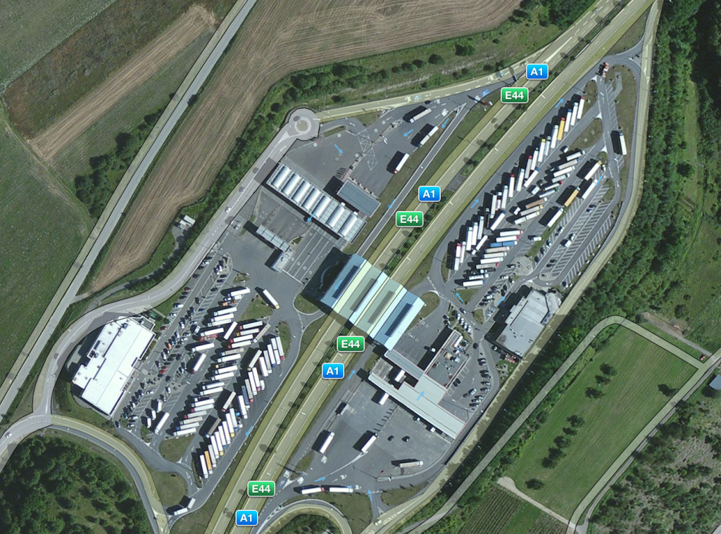 Gas station on A1/E44, close to Mertert (source: Apple Maps)