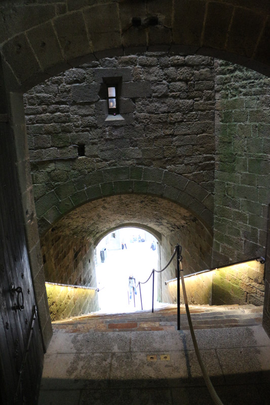 Stairs after the main entrance gate of the abbey