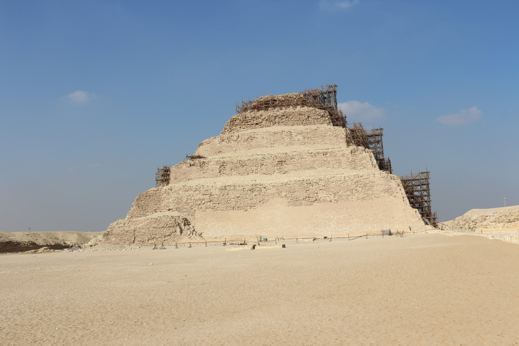 Being the only visitor in ancient Saqqara - the prototype of all later pyramids